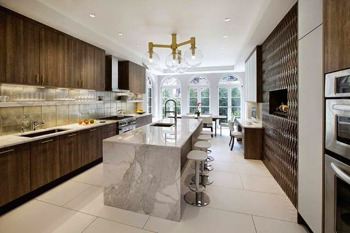 Modern Galley kitchen with mixed materials - MCK+B